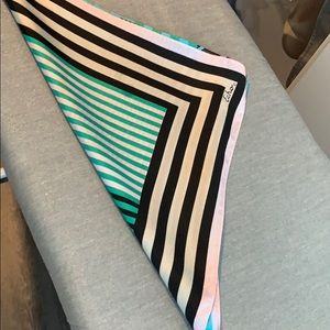 Echo silk scarf